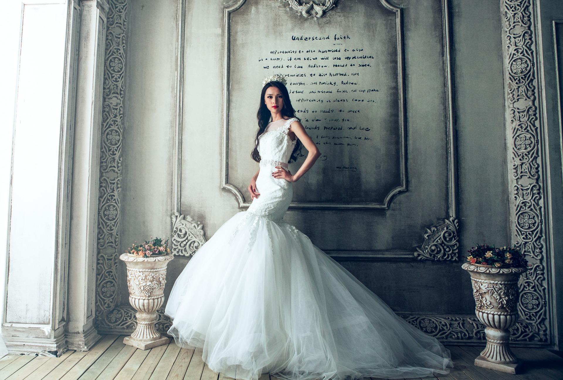 Warum sind Hochzeitskleider weiß? - Die Floristen - Ihr Partner für ...