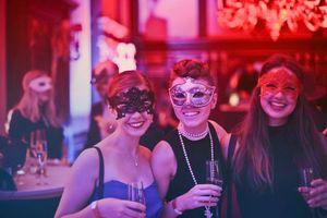 5 Tricks, damit die Gäste auf deiner Hochzeit Spaß haben - Motto