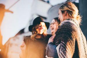 Diese Mythen über Hochzeitsplanung sind SO wahr - Freunde